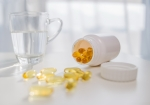 Valsartan combined with vitamin D more efficiently reduces moderate proteinuria in IgA nephropathy